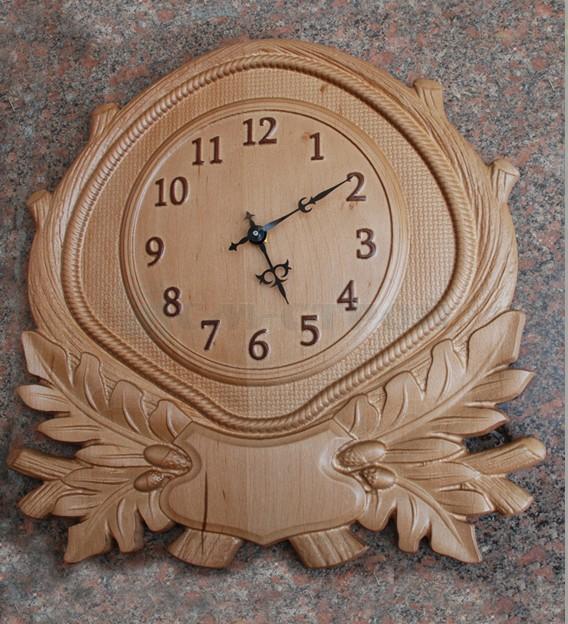 Часы дуб