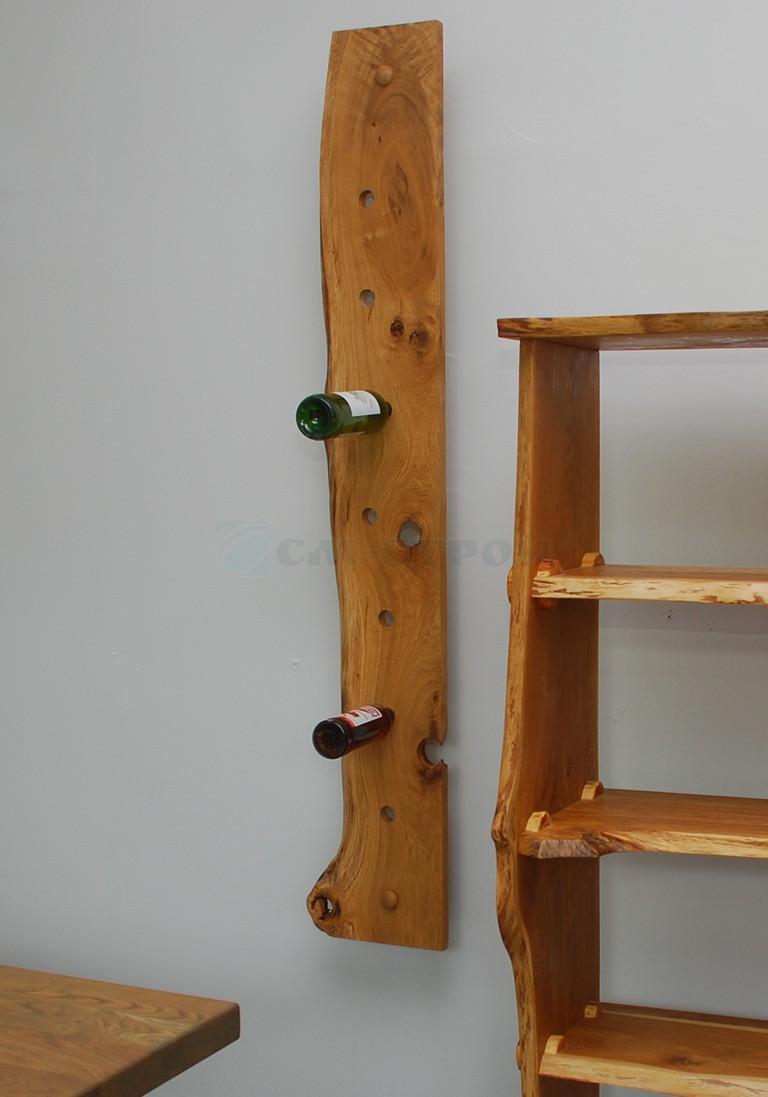 Бутылочница настенная из массива древесины в ЭКО стиле