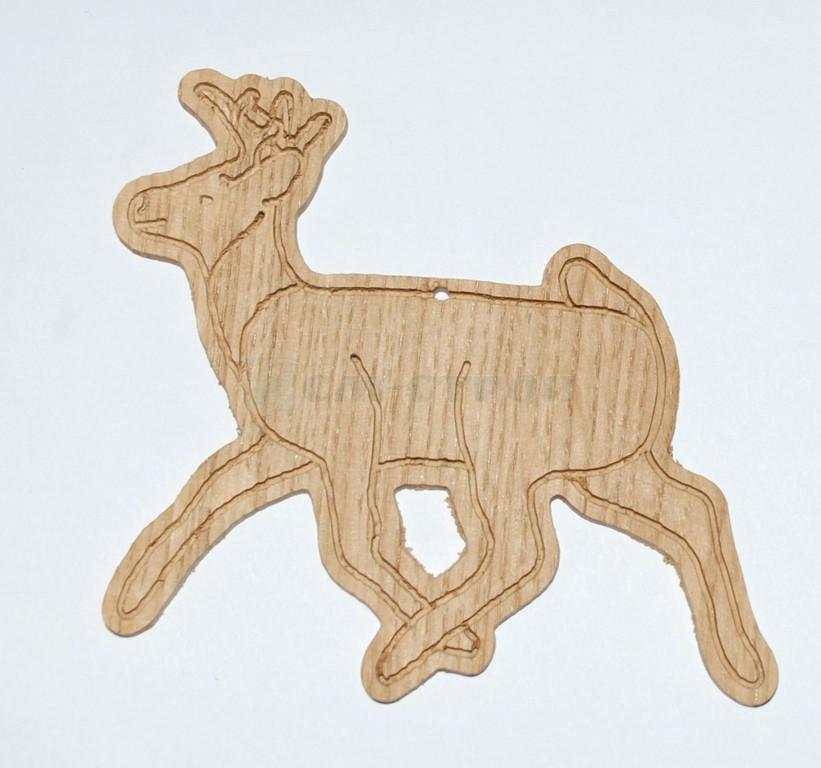 Подвесная игрушка олень
